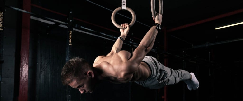 THE IMPORTANCE OF STRONG CORE IN CALISTHENICS & STREET WORKOUT