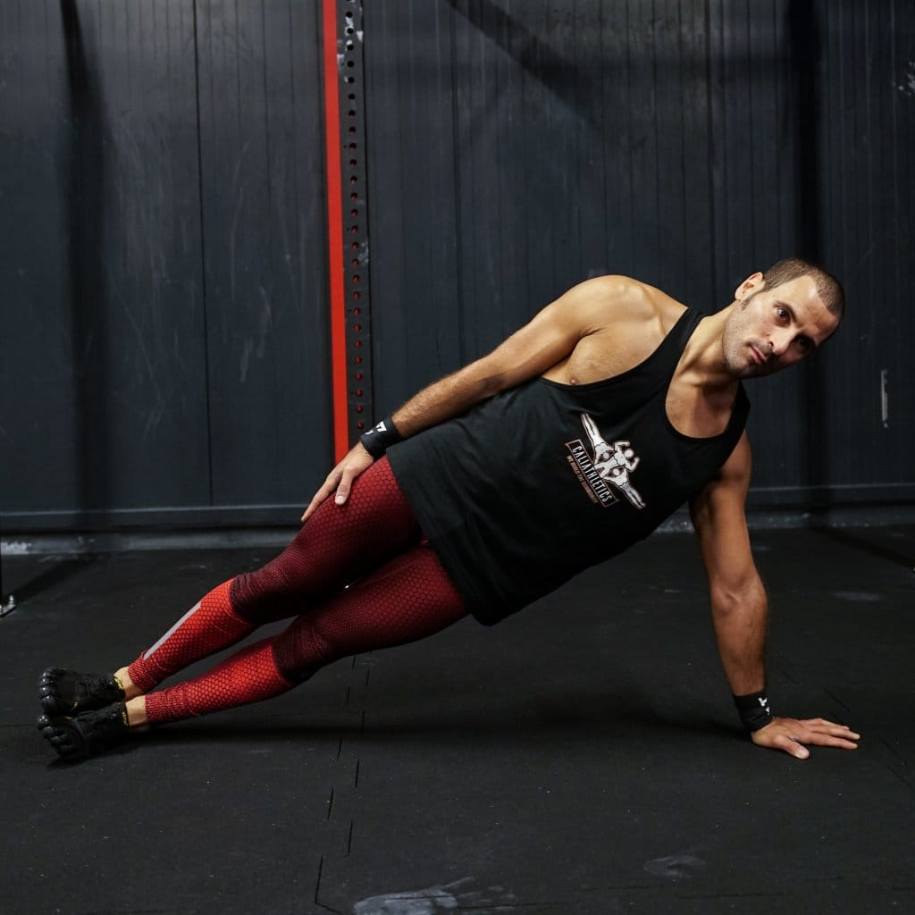 strong core workout calisthenics