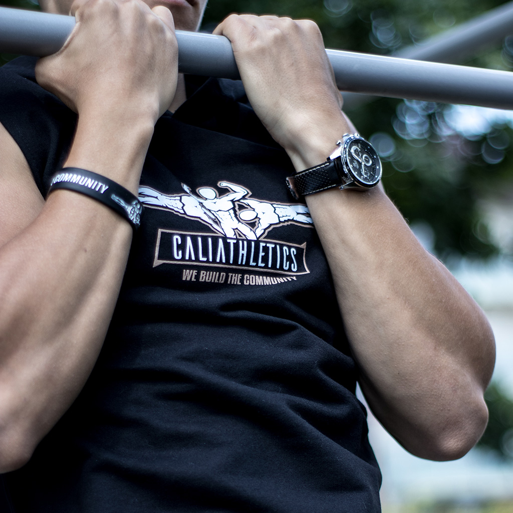 TWO WAYS OF ACHIEVING FRONT LEVER calisthenics