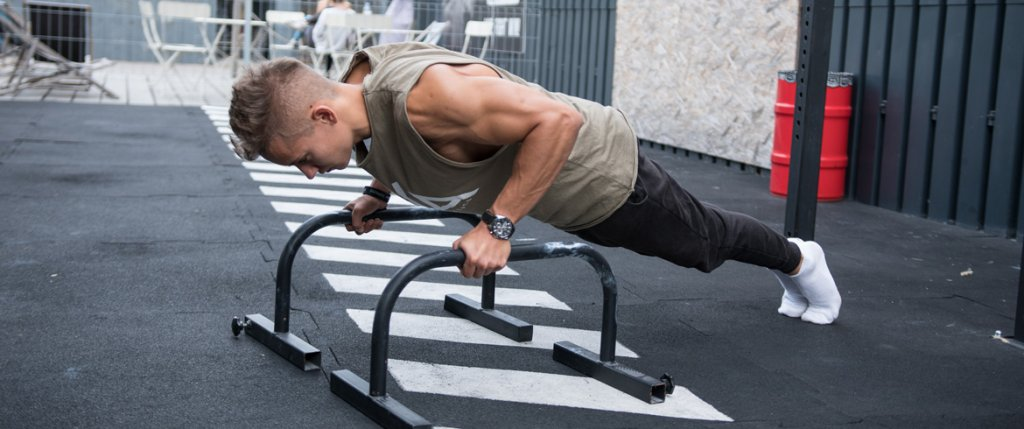 How to build triceps with Calisthenics