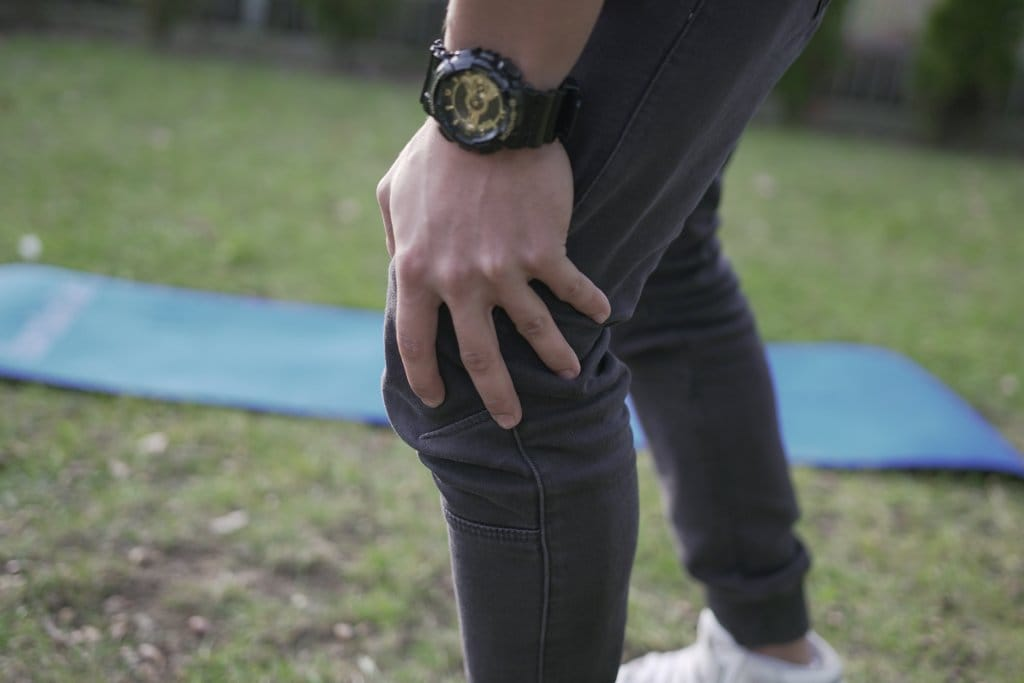 how to strengthen knee tendons