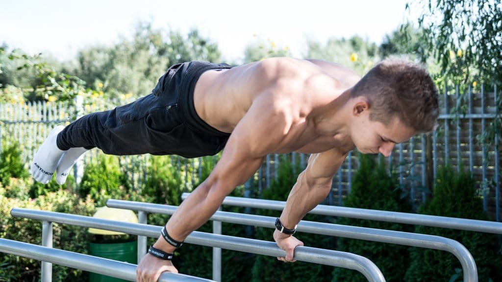 how to planche
